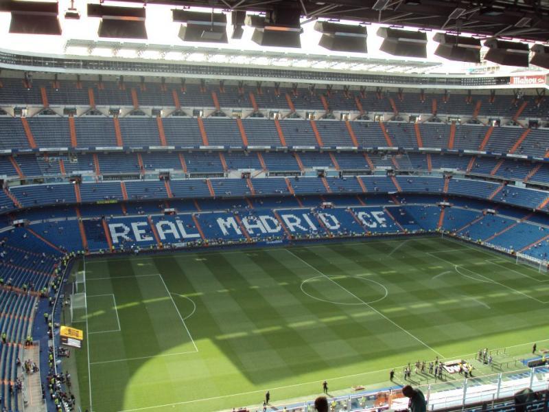Estadio santiago bernabeu madrid the stadium guide for Puerta 8 bernabeu