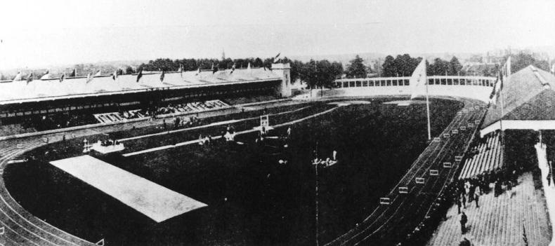 """Olympisch Stadion in 1920. 