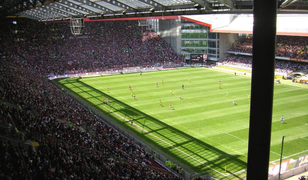 Αποτέλεσμα εικόνας για fritz walter stadion kaiserslautern